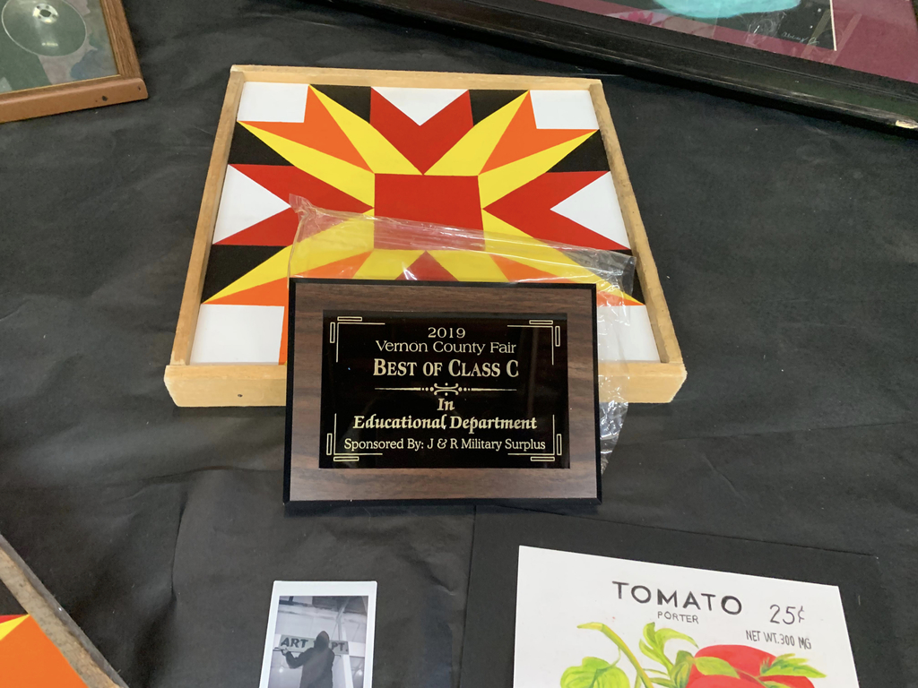 The art department also earned a plaque for best of their class!