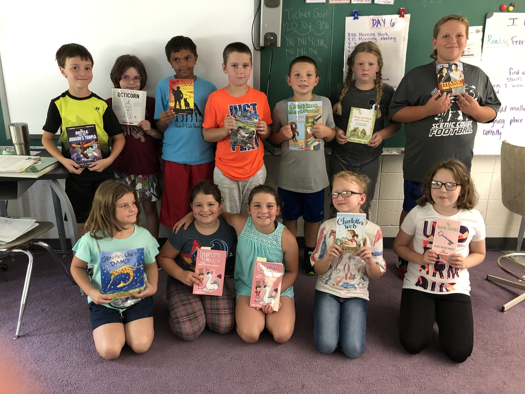 4th grade class with their September books